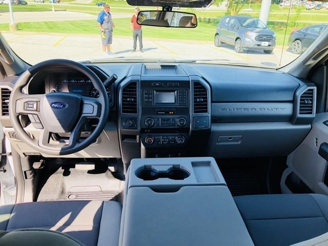 2018 F-250 Crew Cab 4x4,  Pickup #182686 - photo 17