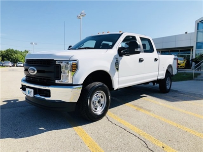 2018 F-250 Crew Cab 4x4,  Pickup #182686 - photo 4