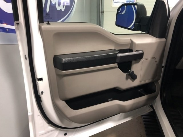 2016 F-150 Regular Cab 4x2,  Pickup #1828831 - photo 8