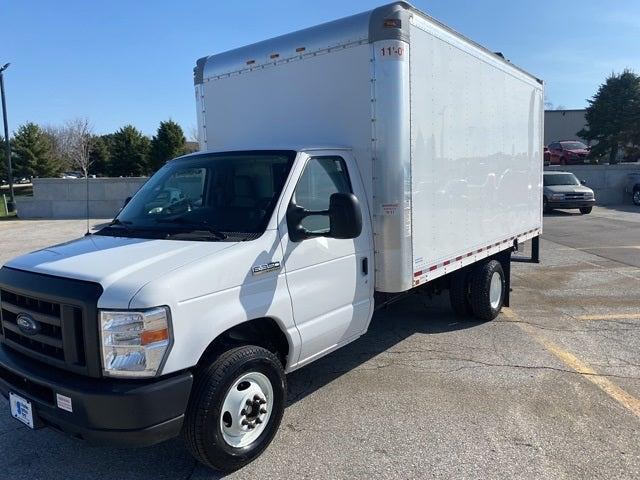 2019 Ford E-350 4x2, Cutaway Van #F2132891 - photo 1