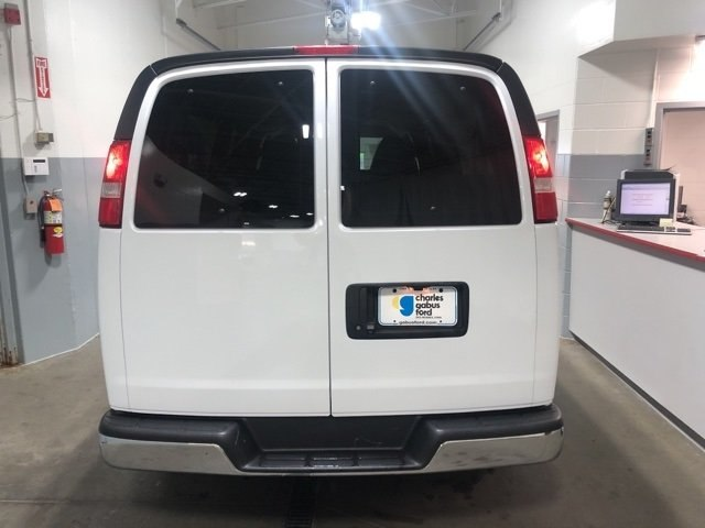 2015 Express 3500 4x2,  Passenger Wagon #R1625771 - photo 7