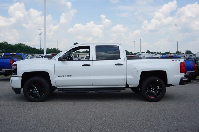 2018 Silverado 1500 Crew Cab 4x4,  Pickup #5164244 - photo 3