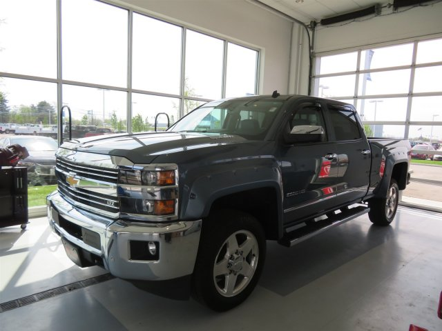 2015 Silverado 2500 Crew Cab 4x4,  Pickup #51T6789 - photo 5