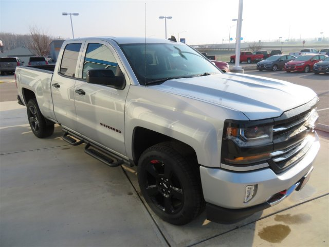 2018 Silverado 1500 Double Cab 4x4, Pickup #D63578 - photo 4