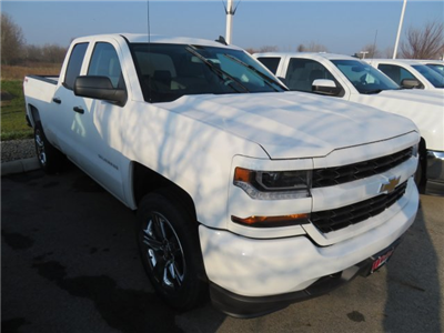 2018 Silverado 1500 Double Cab 4x4, Pickup #D63673 - photo 4