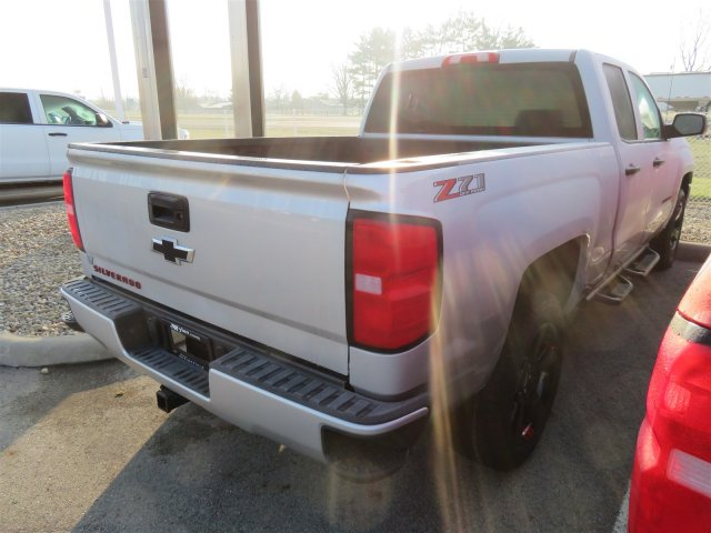 2018 Silverado 1500 Double Cab 4x4, Pickup #D63714 - photo 5