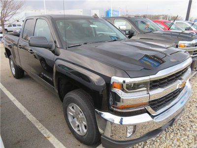 2018 Silverado 1500 Double Cab 4x4, Pickup #D63718 - photo 4