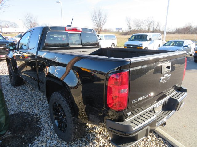 2018 Colorado Extended Cab 4x4, Pickup #D63747 - photo 5