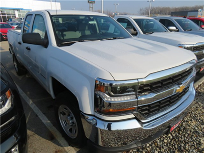 2018 Silverado 1500 Double Cab 4x4, Pickup #D63765 - photo 4