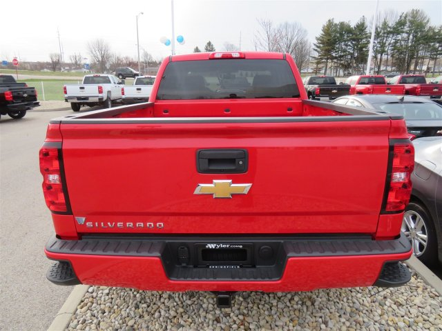 2018 Silverado 1500 Double Cab 4x4, Pickup #D63769 - photo 6
