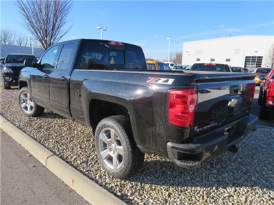 2018 Silverado 1500 Double Cab 4x4,  Pickup #D63812 - photo 2