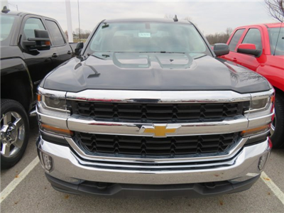 2018 Silverado 1500 Crew Cab 4x4,  Pickup #D63850 - photo 3