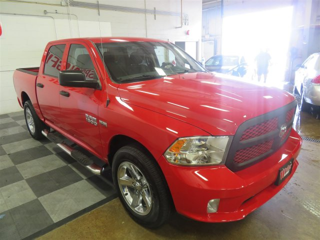 2014 Ram 1500 Crew Cab 4x4, Pickup #D63893A - photo 3