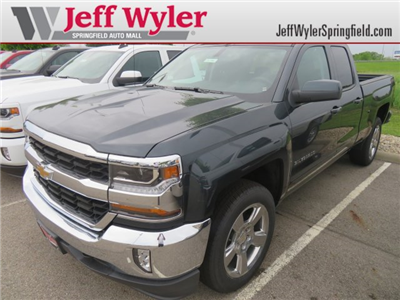 2018 Silverado 1500 Double Cab 4x4, Pickup #D63916 - photo 1