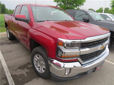 2018 Silverado 1500 Double Cab 4x4, Pickup #D63918 - photo 4