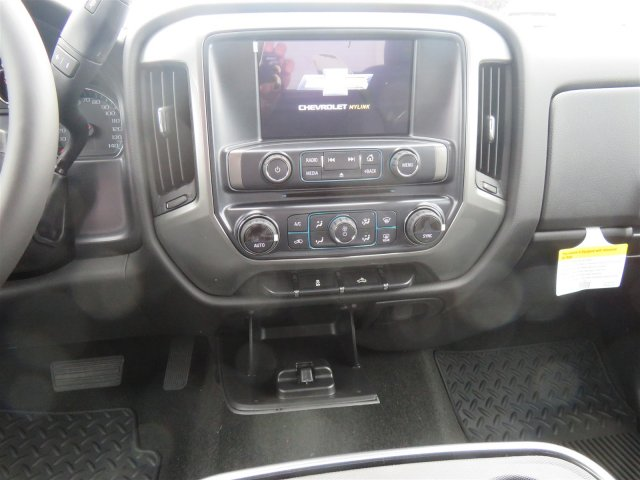 2018 Silverado 1500 Crew Cab 4x4,  Pickup #D63933 - photo 13