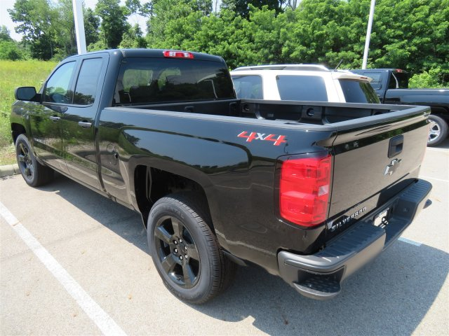 2018 Silverado 1500 Double Cab 4x4,  Pickup #D63977 - photo 2
