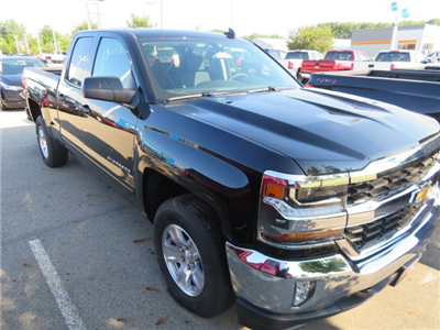 2018 Silverado 1500 Double Cab 4x4,  Pickup #D63987 - photo 4