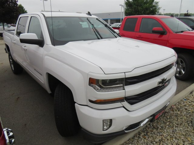 2018 Silverado 1500 Crew Cab 4x4,  Pickup #D64009 - photo 4