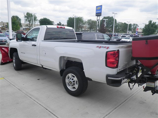 2016 Silverado 2500 Regular Cab 4x4, Pickup #D90137 - photo 2