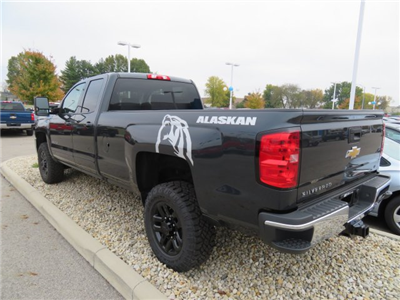 2018 Silverado 2500 Double Cab 4x4, Pickup #D90210 - photo 2