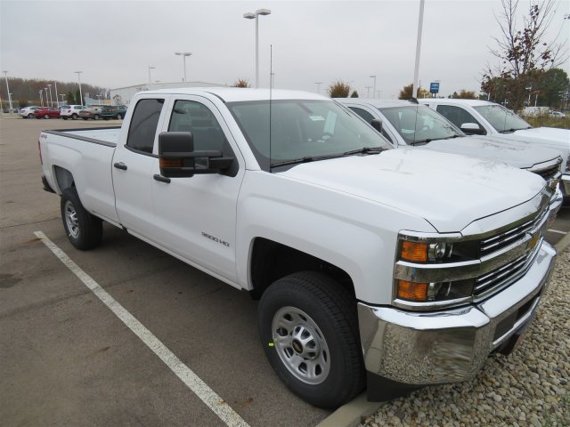 2018 Silverado 3500 Extended Cab 4x4 Pickup #D90214 - photo 3