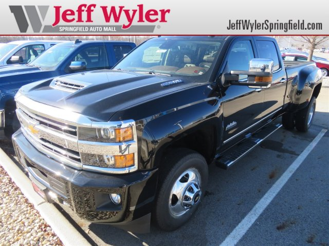 2018 Silverado 3500 Crew Cab 4x4,  Pickup #D90222 - photo 1
