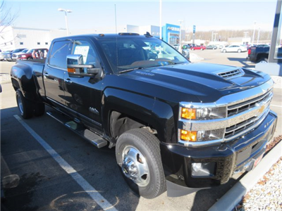 2018 Silverado 3500 Crew Cab 4x4,  Pickup #D90222 - photo 4