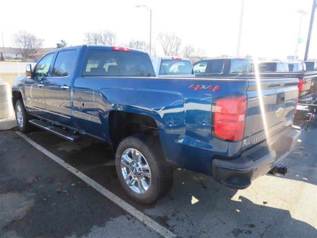 2018 Silverado 2500 Crew Cab 4x4,  Pickup #D90228 - photo 2
