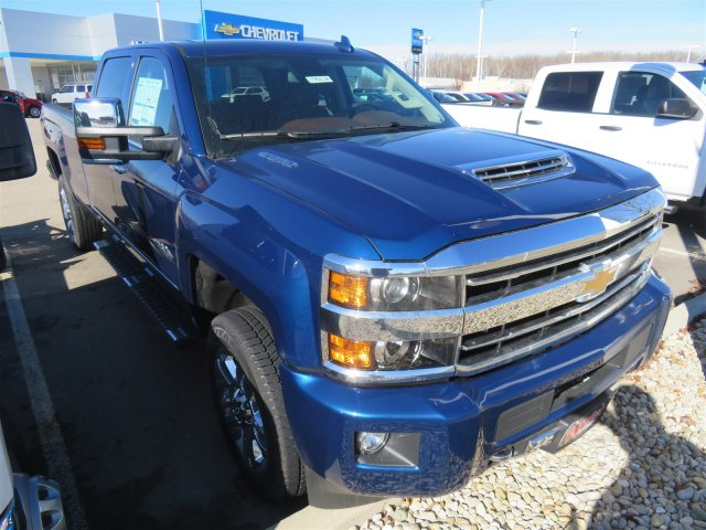 2018 Silverado 2500 Crew Cab 4x4,  Pickup #D90228 - photo 4