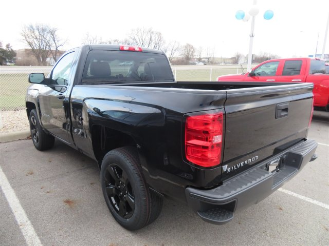 2018 Silverado 1500 Regular Cab 4x2,  Pickup #D90235 - photo 2