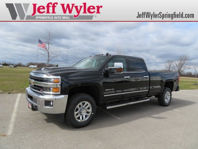 2018 Silverado 2500 Crew Cab 4x4,  Pickup #D90240 - photo 1