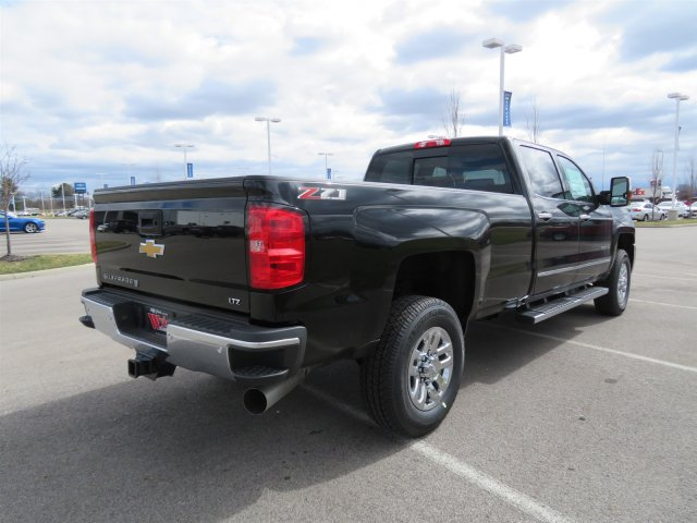 2018 Silverado 2500 Crew Cab 4x4,  Pickup #D90240 - photo 2
