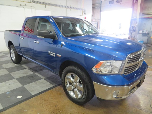 2017 Ram 1500 Crew Cab 4x4, Pickup #DT6441 - photo 3