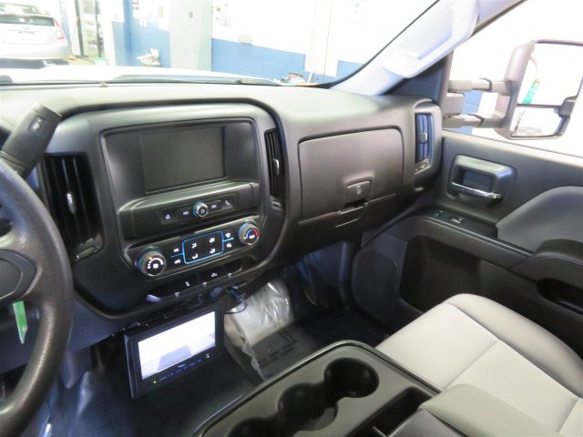 2017 Silverado 3500 Regular Cab DRW, Platform Body #DT6457 - photo 9