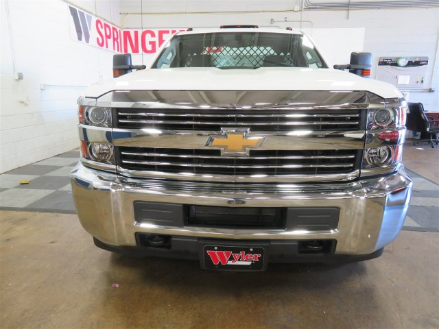 2017 Silverado 3500 Regular Cab DRW, Platform Body #DT6457 - photo 3