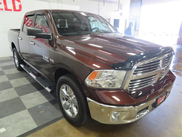 2015 Ram 1500 Crew Cab 4x4, Pickup #DT6459 - photo 4