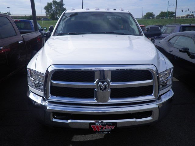 2016 Ram 3500 Regular Cab DRW 4x4, Cab Chassis #A29372 - photo 3