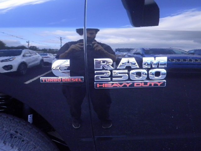 2018 Ram 2500 Crew Cab 4x4 Pickup #A29893 - photo 10