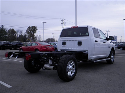 2018 Ram 3500 Crew Cab 4x4, Cab Chassis #A29919 - photo 6