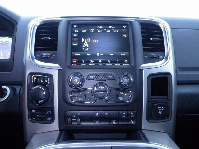 2018 Ram 1500 Crew Cab 4x4 Pickup #A29927 - photo 15