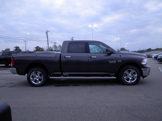 2018 Ram 1500 Crew Cab 4x4 Pickup #A29927 - photo 5