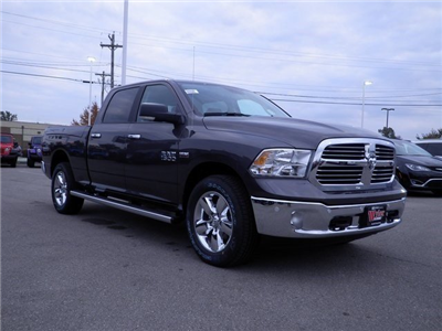 2018 Ram 1500 Crew Cab 4x4 Pickup #A29927 - photo 4