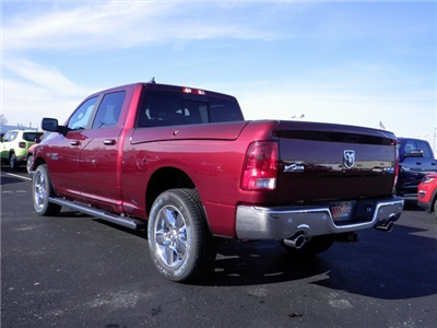 2018 Ram 1500 Crew Cab 4x4 Pickup #A29941 - photo 2