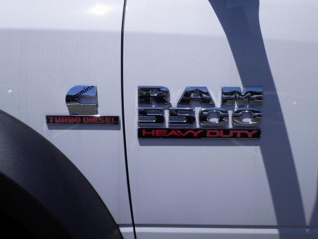 2016 Ram 5500 Crew Cab DRW 4x4, Service Body #A910118 - photo 10