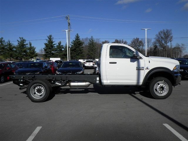 2017 Ram 5500 Regular Cab DRW 4x4, Cab Chassis #A910130 - photo 5