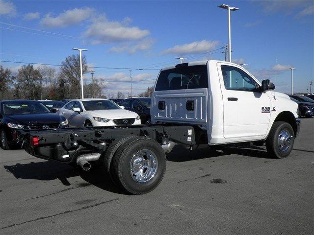 2017 Ram 3500 Regular Cab DRW 4x4, Cab Chassis #A910131 - photo 6