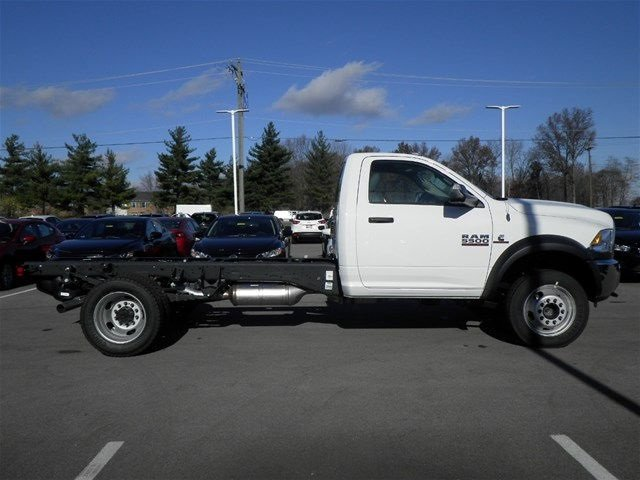 2017 Ram 5500 Regular Cab DRW 4x4, Cab Chassis #A910138 - photo 5