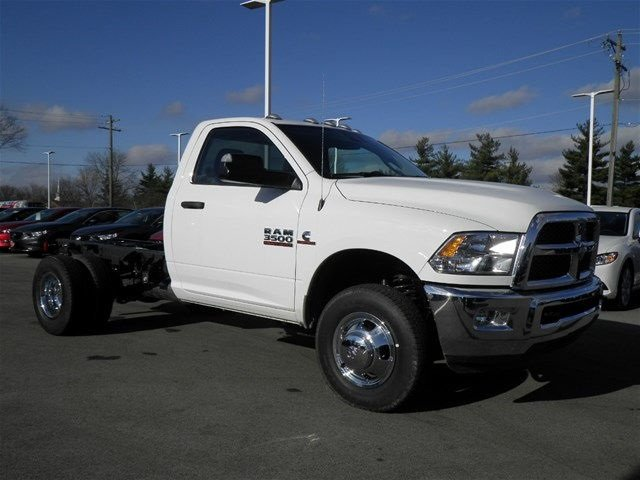 2017 Ram 3500 Regular Cab DRW 4x4, Cab Chassis #A910145 - photo 4