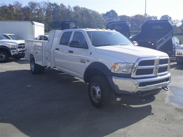 2016 Ram 4500 Crew Cab DRW, Service Body #A910201 - photo 4